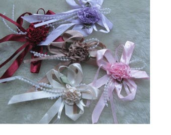 5 large satin appliques shaped flower and pearls