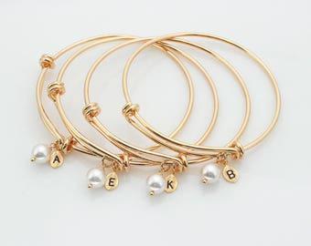 Bridesmaid gift,white pearl bracelet,Personalized bracelet,Leaf initial, Swarovski Pearl, peach pearl cream pearl bracelet rosegold bracelet