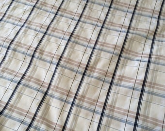 In addition to 150 cm wide polyester plaid fabric
