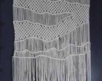 Macrame Wall Hanging / Modern Macrame / Wall Art / Boho Wall Hanging / Wall Tapestry / Macrame Tapestry / Boho Decor
