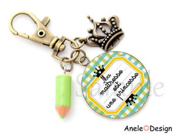Keychain bag charm gift centerpiece - Mistress is a Princess - yellow green glass