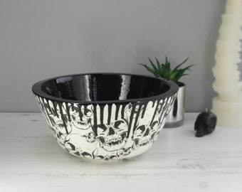 Japanese Skull Bowl, Large Mixing Bowls, Gothic Kitchenware, Goth Skulls, Extra Large Ramen Dish, Weird and Wonderful, Unique Ceramic