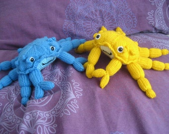 Summer Knitted Crab