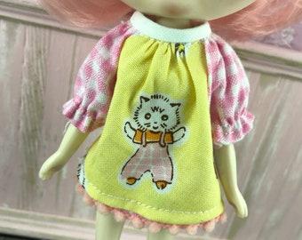 Blythe Middie Smock Top - Retro Kitty Cat