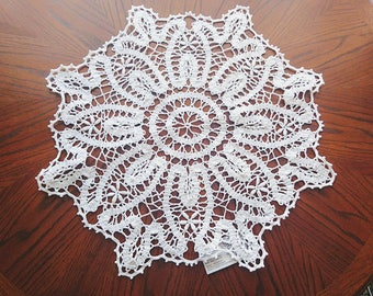 Lace crochet BRUGGE round doily nice home  wedding gift, beauty home wall decor