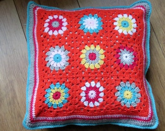 Crochet Pillow in cheerful colors (including inside cushion)