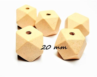 Set of 10 Wooden Beads Polygon shape 20 mm