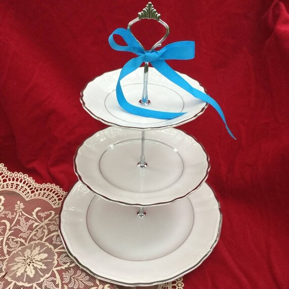 sc 1 st  Etsy & WEDDING CAKE STAND Silver Plate 3 Tier Serving Tray Bridal