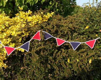 Crochet Bunting / Garden Bunting / Garden Party Decoration / Hand Made Bunting / Party Decoration / Summer Bunting /  Home Decoration