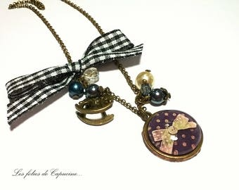Necklace Cabochon • bow has polka dots blue •