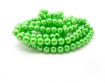 20 medium green color glass beads 8mm
