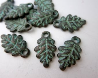 4 Leaf Charms, Mykonos Green Patina, Metal Casting, 20x12mm, Lead Free Metal, Made in Greece, X919G