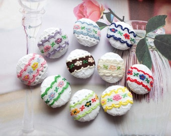 Chic Embroidery Shabby Chic Colorful Spring Floral Lace On White, 10 Colors To Choose-Handmade Fabric Covered Buttons(5Pcs, 0.87 Inches)