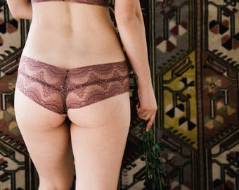 Mauve Lace Low-Rise Panties with Organic Cotton Liner