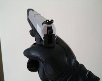 In stock - ready to ship - Half Life 2 game Gordon Freeman pistol replica v3 prop for cosplay