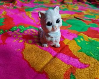 70s kitty cat figurine