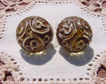 Khaki Brown Lace Etched Vintage Lucite Beads