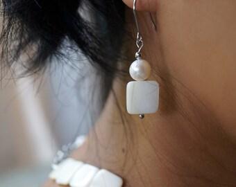 Freshwater Pearl Earrings, MOP Dangle Earrings, White Earrings, Beach Wedding Earrings