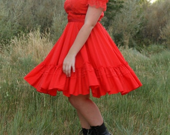 STRAWBERRY 1960's Vintage Square Dance Dress Circle Skirt Ruffle Lace Sleeves
