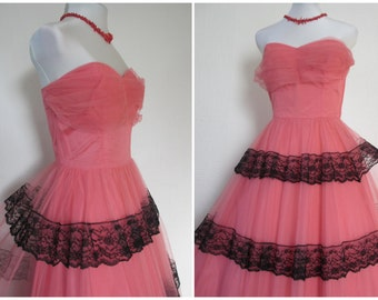 1940s Evening Dress 1950s Prom Dress Long Tulle Taffeta Strapless Party Dress Coral Pink Black Lace Flamenco Style Dance Dress XS / S