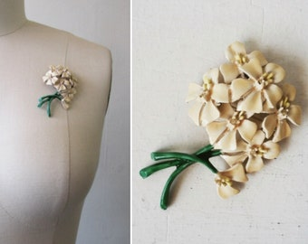 1950s brooch | vintage brooch | floral brooch | flower brooch | enamel brooch | vintage pin | mid century brooch | Flowers for Spring Brooch