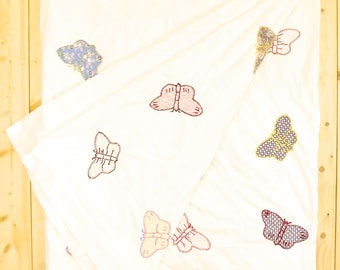 Vintage 1940's/50's Butterfly PATCHWORK QUILT / Hand Quilted / Grandma Made /   Retro Collectable Rare