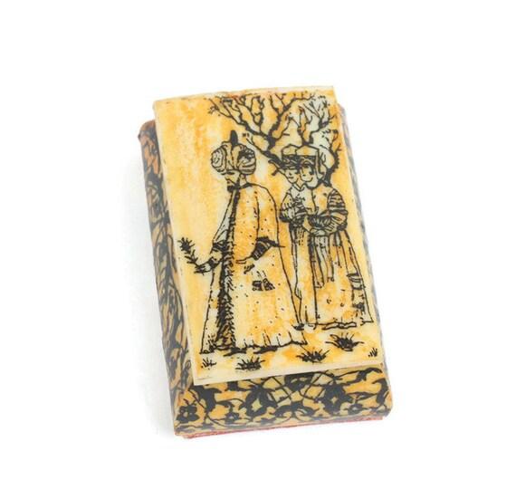 Middle Eastern Ox Bone Trinket Box  Scrimshaw Style Smaller Vintage Souvenir
