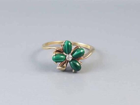 Vintage 10k gold green malachite diamond 4 leaf clover shamrock ring / size 8 / good luck / lucky / irish / ireland / mid century / Claddagh