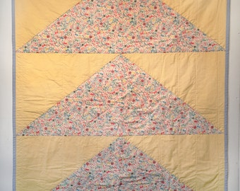 Modern Large Flying Geese Quilt