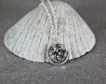 Gunmetal Druzy Necklace, Gunmetal Necklace, Grey Necklace, Grey Pendant, Grey Bridesmaid Necklace, Dainty Necklace, Jewelry Gift for Her