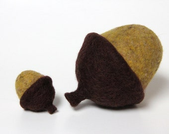 "Needle Felt Acorns Yellow Brown Fall Decor Thanksgiving Woodland Home Gift Large 2"" & 4"""