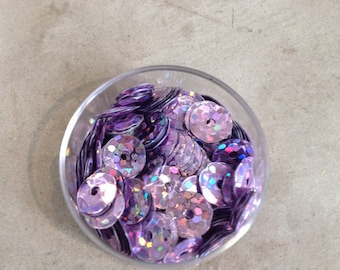 Plastic purple iridescent color sequins
