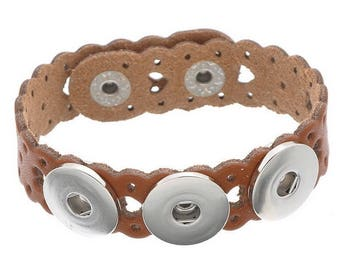Bracelet holder hearts Brown perforated leather snap button