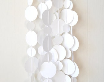 Garland White Circles