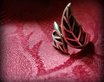 Adjustable Sterling Leaf Ring