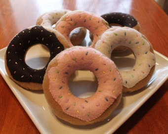 Felt Donuts.....perfect for playtime