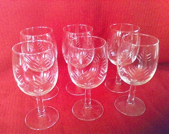Set of 6- Mid Century etched glass  wine  glasses, never used,made in Tokyo, Japan, Quartzex ,Noritake