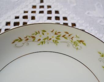 Vintage International Silver Springtime Fruit Bowl Floral Design 326 Replacement Made in Japan PanchosPorch