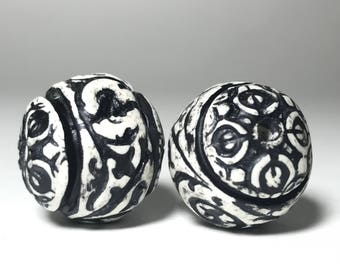 Black And White Handmade Beads, Vintage Style Beads, Etched Beads, Handmade Polymer Clay Beads, Carved Beads, Textured Beads, Antique Beads