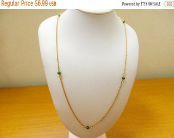 ON SALE Retro Jade Beaded Station Necklace Item K # 3082