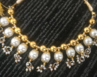 Pearl Beads Necklace with adjustment tag