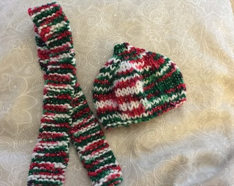 Holiday hat and scarf set