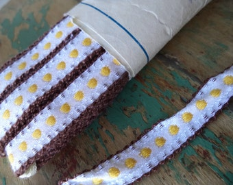 1 Yard Vintage Ribbon Trim