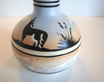 Vintage Navajo Pottery - Blackhorse Pottery - Dine Pottery - American Indian Pottery - Navajo Indian Pottery - Southwest Pottery