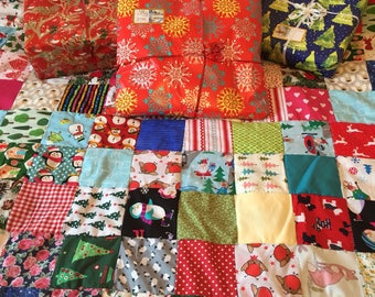 Christmas Patchwork Quilt - family quilt or sofa throw