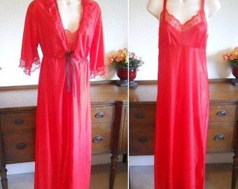 Vintage Red Peignoir Set ~ 1980's Peignoir Set ~  Negligee Set ~ Long Peignoir Set ~ Red Nylon Peignoir Set ~ Redc Negligee Set