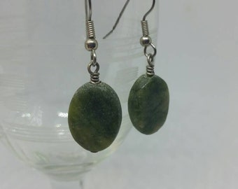 Serpentine Earrings Oval Green