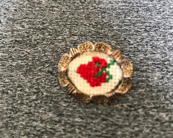 Vintage Needlepoint Embroidered Brooch Pin Petit Point