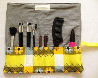 Make Up Roll, Cosmetic Storage, Brush Roll Holder, 1960s Fabric Bag, 1970s Fabric Bag, Make Up Bag, One Of A Kind Bag, Toiletry Holder