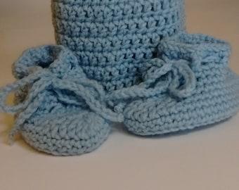 Knit Preemie Infant Cap and Bootie Set